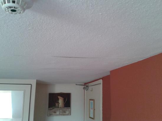 sagging ceiling repair perth